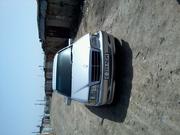 автомоболь мерседес бенс 240с.