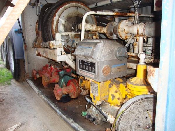 Полуприцеп-цистерна (газовоз) 42 куб. м,  2000 г. в. 6