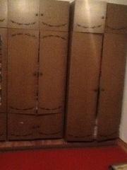 стол гостинный,  комплект 6 табуреток,  стенка из 4-х предметов